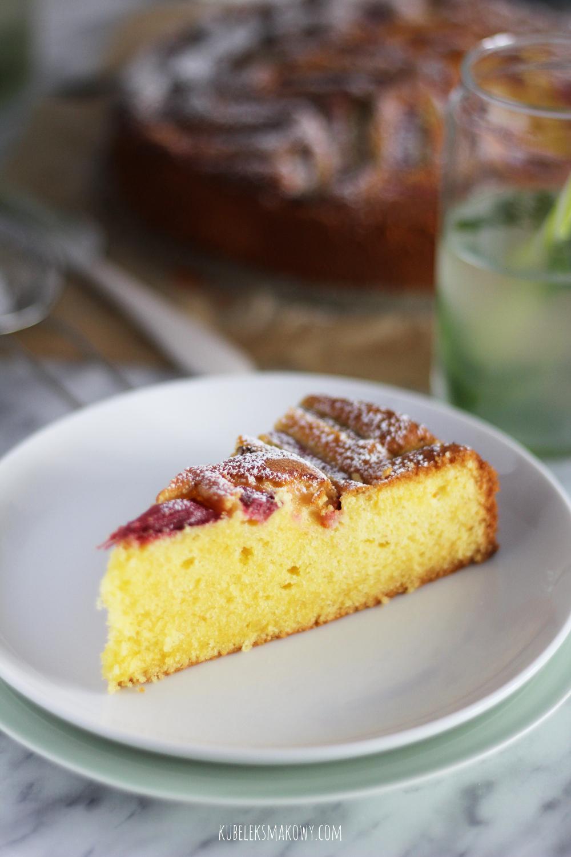 ciasto ucierane z rabarbarem - przepis