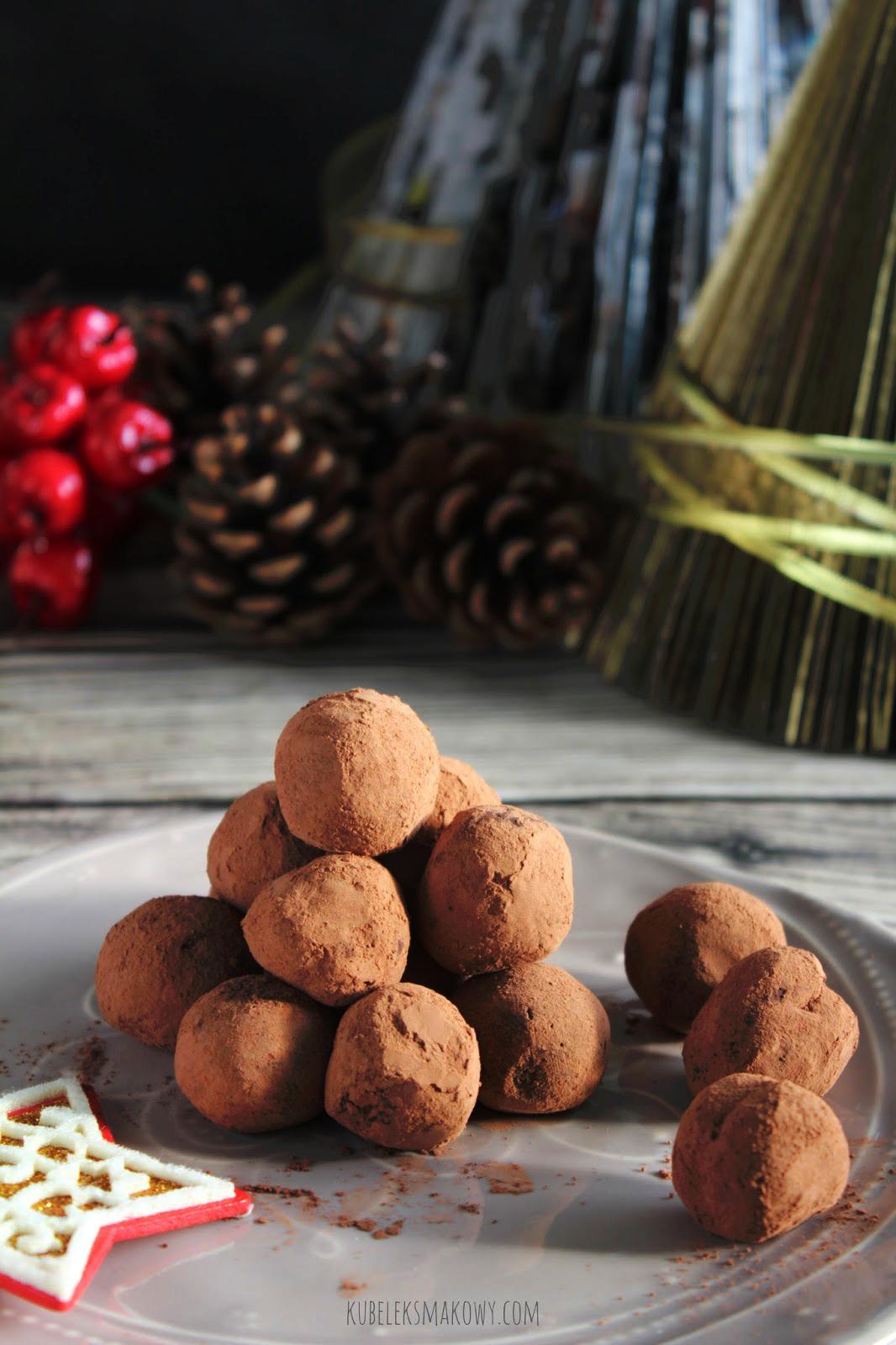 proste domowe czekoladowe pralinki - przepis