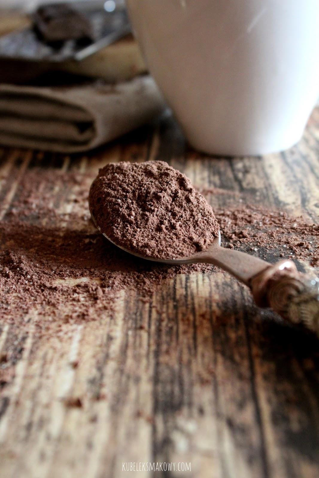domowa gorąca czekolada w proszku - przepis
