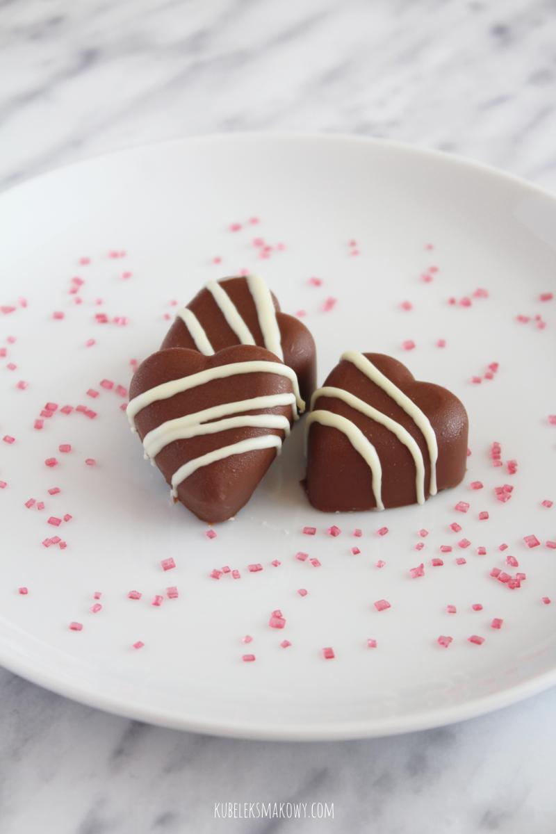 domowe czekoladki z malinami - przepis