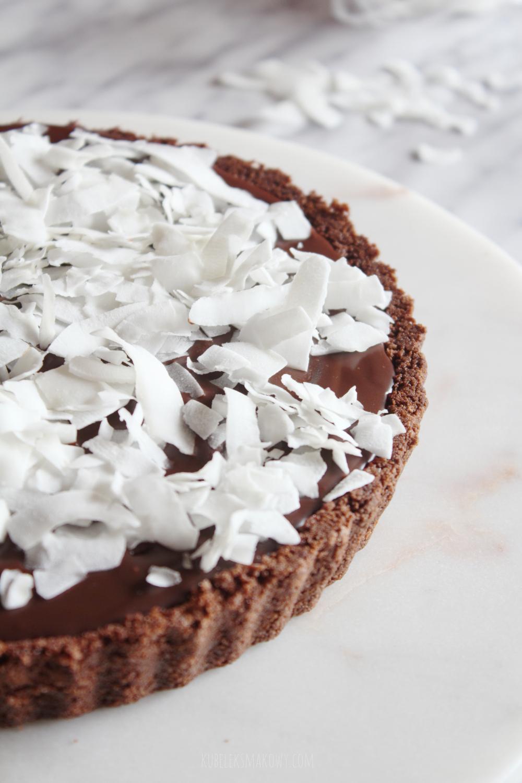 tarta czekoladowa na ciasteczkowym spodzie - przepis