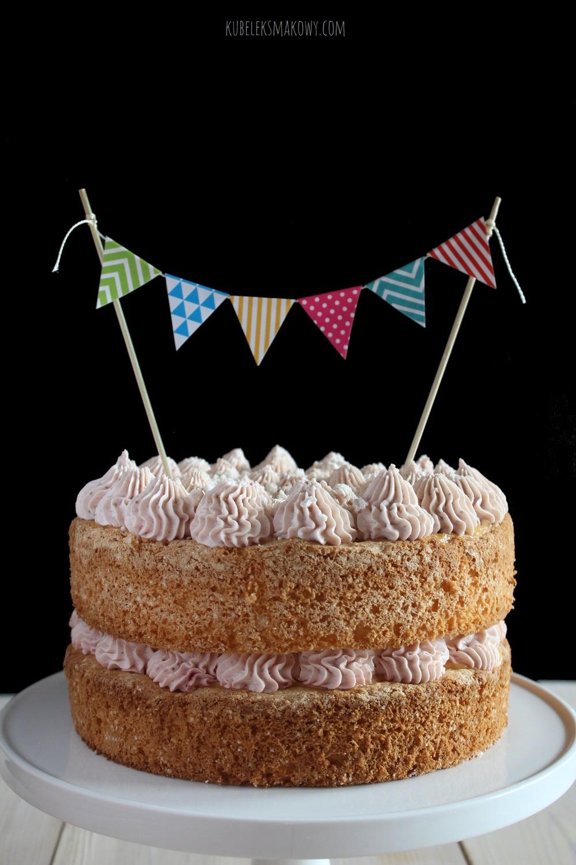 truskawkowy naked cake (goły tort)