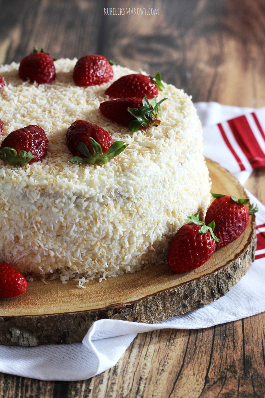 tort kokosowo-truskawkowy - przepis