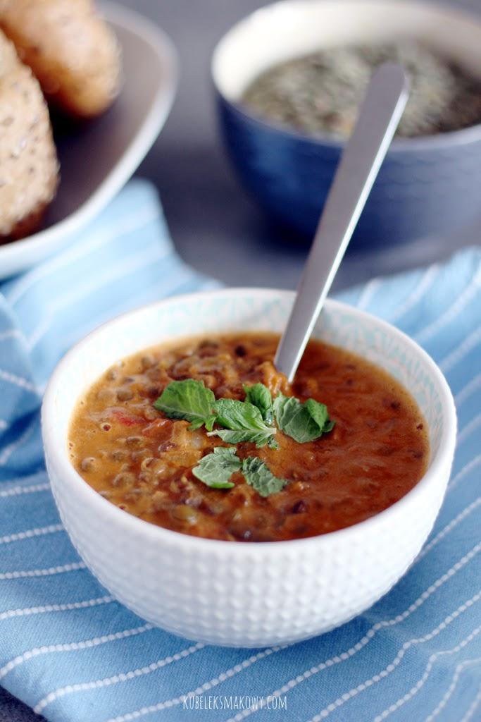 zupa curry z soczewicą i pomidorami - przepis